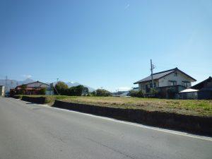 前面道路より撮影(2018年10月)(外観)