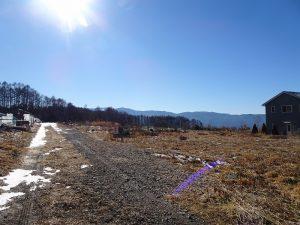 前面道路から南西方向を撮影(2021年12月)