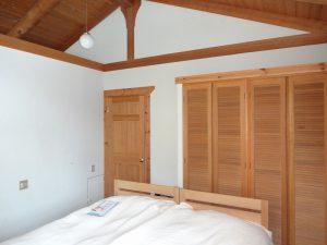 寝室のクローゼット