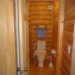 リビング側のトイレ