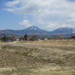 物件北東側の蓼科山の眺望(2019年4月)