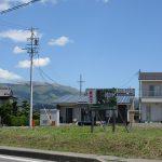 南側から物件を撮影。車山の眺望(2020年5月)