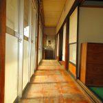 南側の廊下