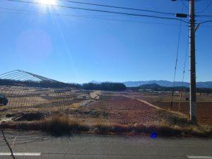 物件から南方向の眺望。甲斐駒ヶ岳が見える(2021年1月)