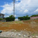 南側道路から撮影。(2021年6月)