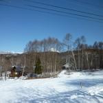 敷地から見える蓼科山(2017年2月撮影