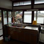 日の入るキッチン左に勝手口あり(キッチン)