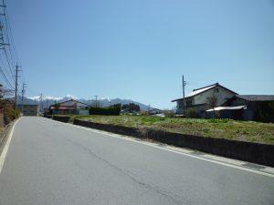 前面道路東方向を撮影(2018年4月)(外観)
