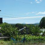 近所の畑から見える富士山(2018年8月)