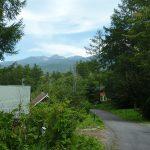 前面道路東へ歩き道路から見えた八ヶ岳(2018年9月)