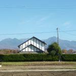 前面道路より東方向を撮影・八ケ岳連峰の眺望(2018年11月)