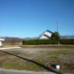 物件東方向を撮影・奥は八ケ岳(2018年12月)