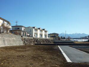 物件から東方向を撮影・八ケ岳の眺望あり(2019年2月)