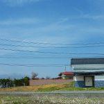 南側から物件を撮影・車山の眺望有り(2019年4月)