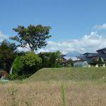 敷地から北東方向蓼科山が奥に見える(2017年9月)